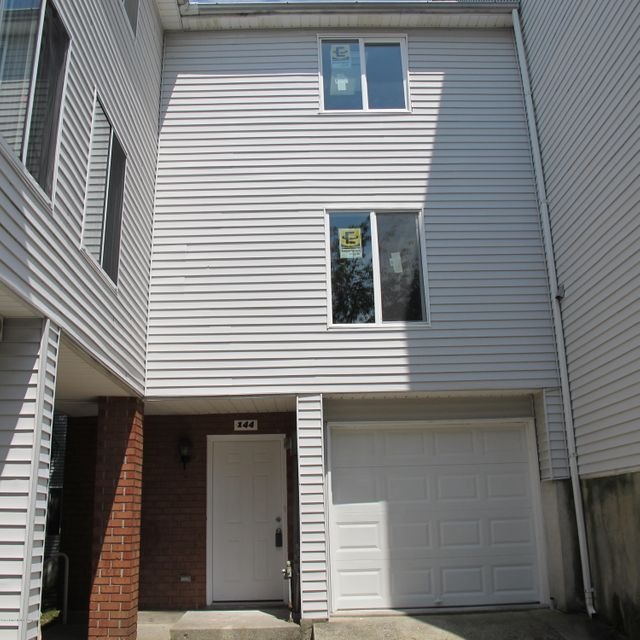 Single Family - Attached in Arden Heights - 144 Emily Lane  Staten Island, NY 10312