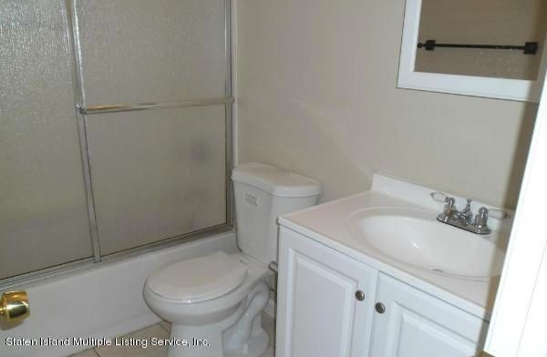 Additional photo for property listing at 31 Livingston Avenue  Staten Island, New York 10314 United States
