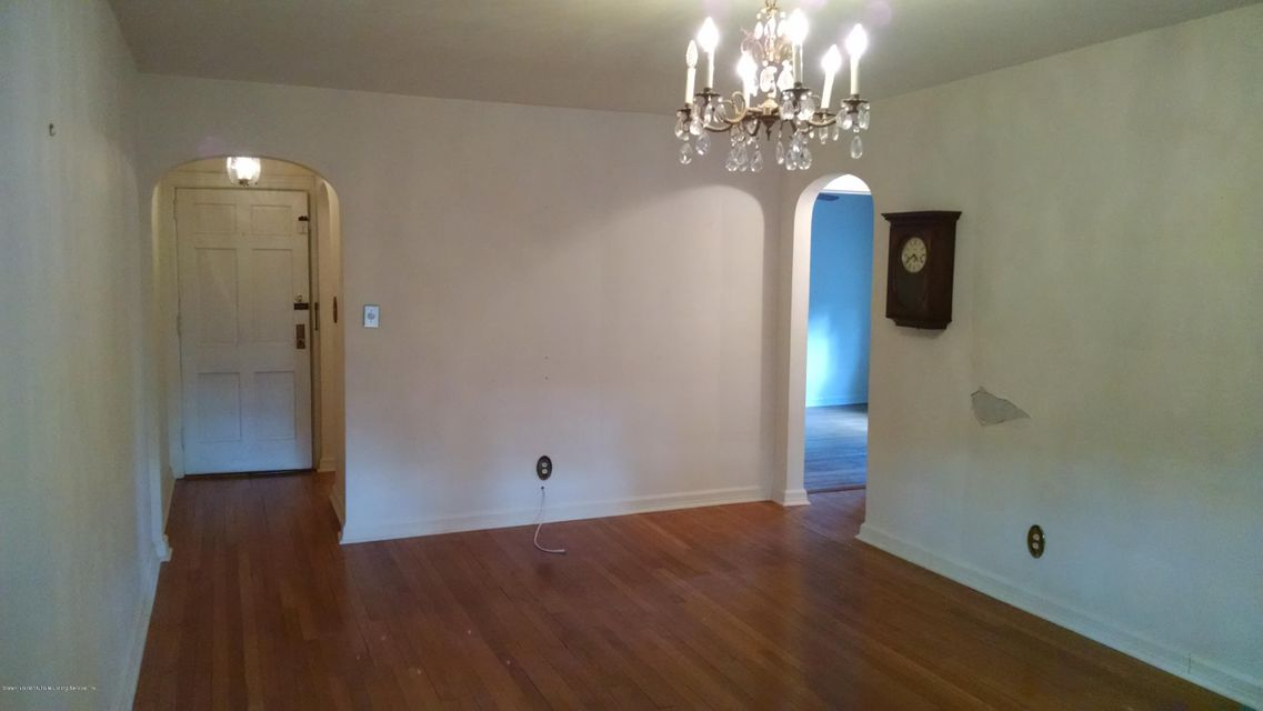 Additional photo for property listing at 78 2nd Street  Staten Island, New York 10306 United States