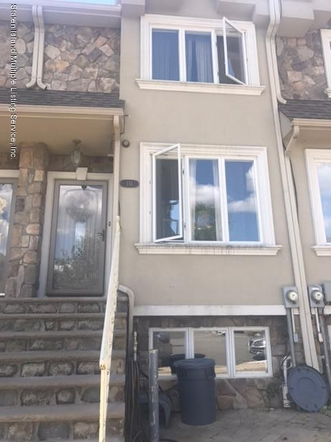 Single Family Home for Sale at 131 Ridgeway Avenue Staten Island, New York 10314 United States