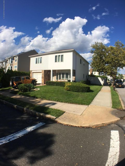Single Family Home for Sale at 1 Villanova Street Staten Island, New York 10314 United States