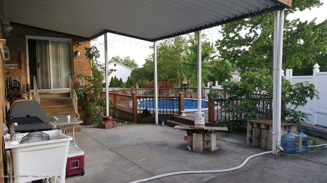 Additional photo for property listing at 97 Escanaba Avenue  Staten Island, New York 10308 United States