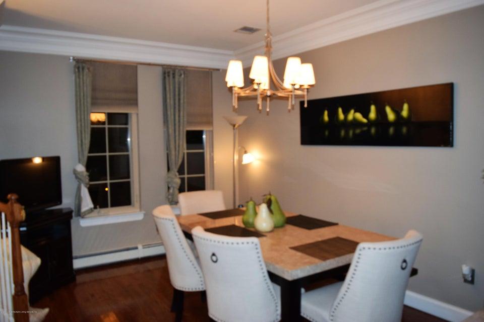 Additional photo for property listing at 60 Sweetgum Lane  Staten Island, New York 10314 United States