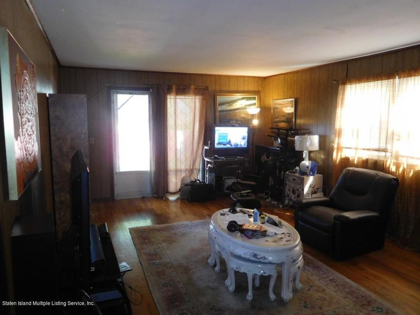 Additional photo for property listing at 249 Martin Avenue  Staten Island, New York 10314 United States