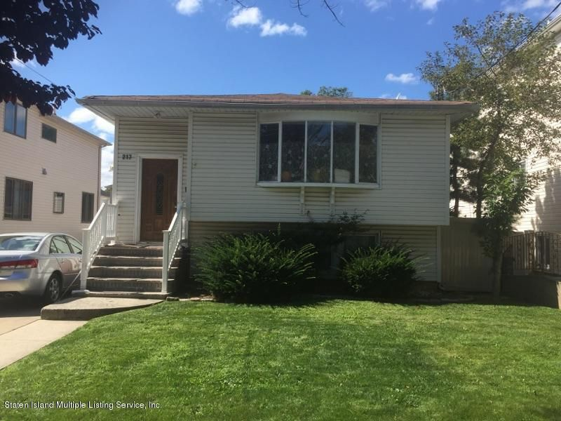 Single Family - Detached in Annadale - 217 Rathbun Avenue  Staten Island, NY 10312