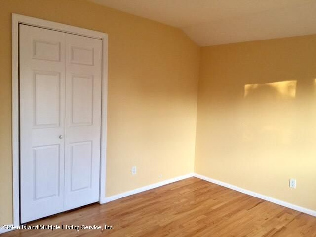 Additional photo for property listing at 617 Hunter Avenue  Staten Island, New York 10306 United States