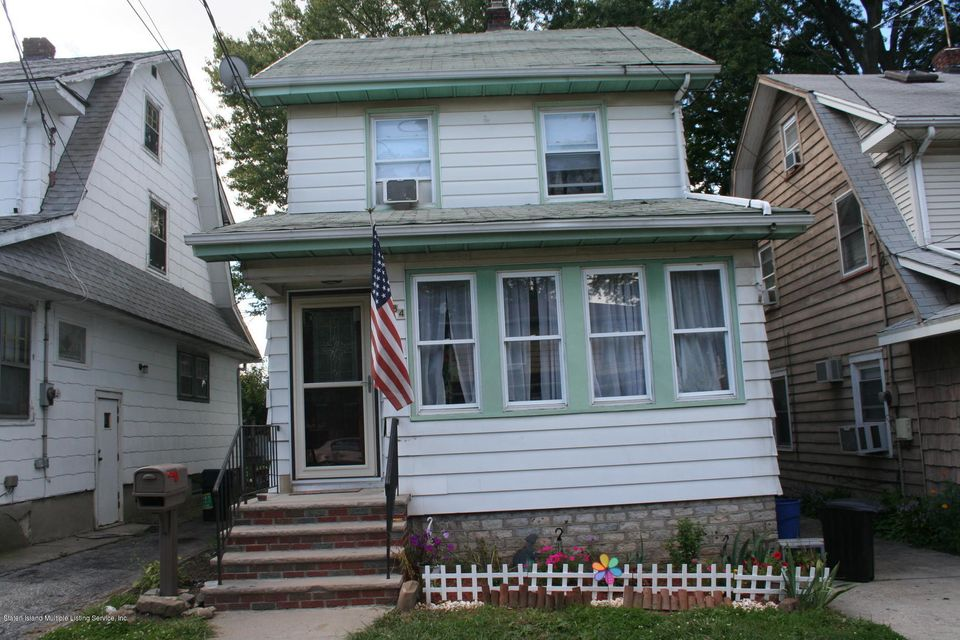 384 Sheffield Street,Staten Island,New York 10310,3 Bedrooms Bedrooms,6 Rooms Rooms,2 BathroomsBathrooms,Single family - detached,Sheffield,1113621