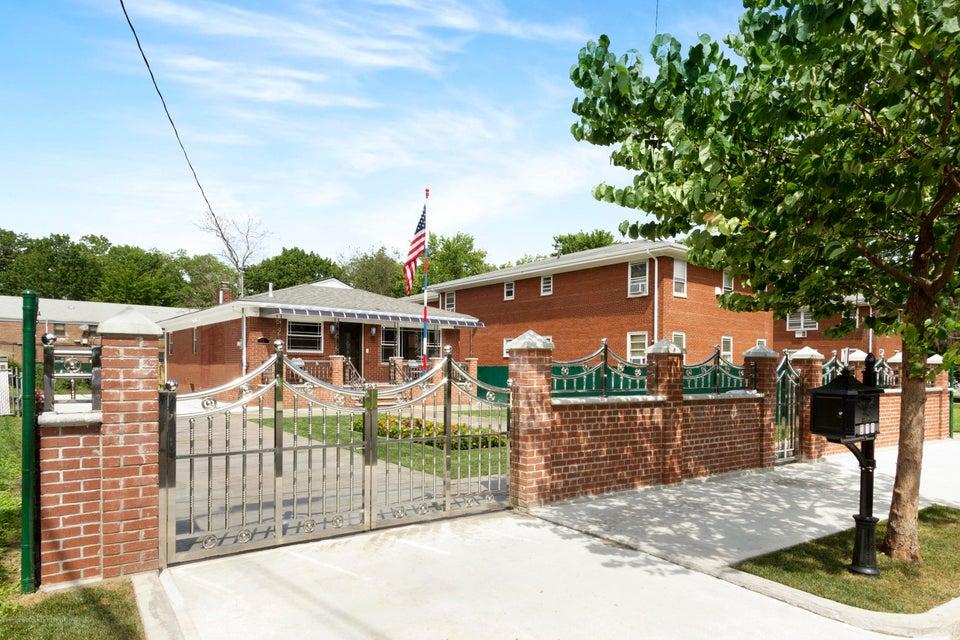Single Family - Detached 377 Oak Avenue  Staten Island, NY 10306, MLS-1113614-2