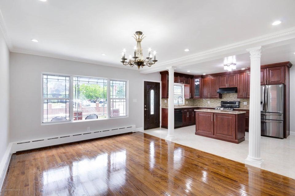 Single Family - Detached 377 Oak Avenue  Staten Island, NY 10306, MLS-1113614-4