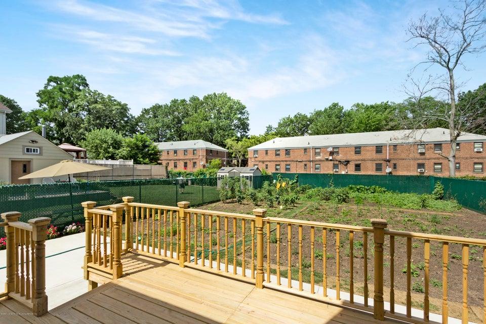 Single Family - Detached 377 Oak Avenue  Staten Island, NY 10306, MLS-1113614-13