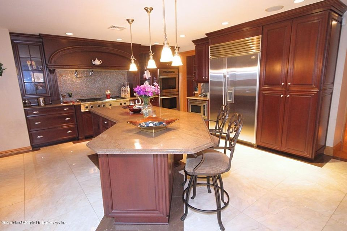 Single Family - Detached 21 Sprague Avenue  Staten Island, NY 10307, MLS-1113641-14