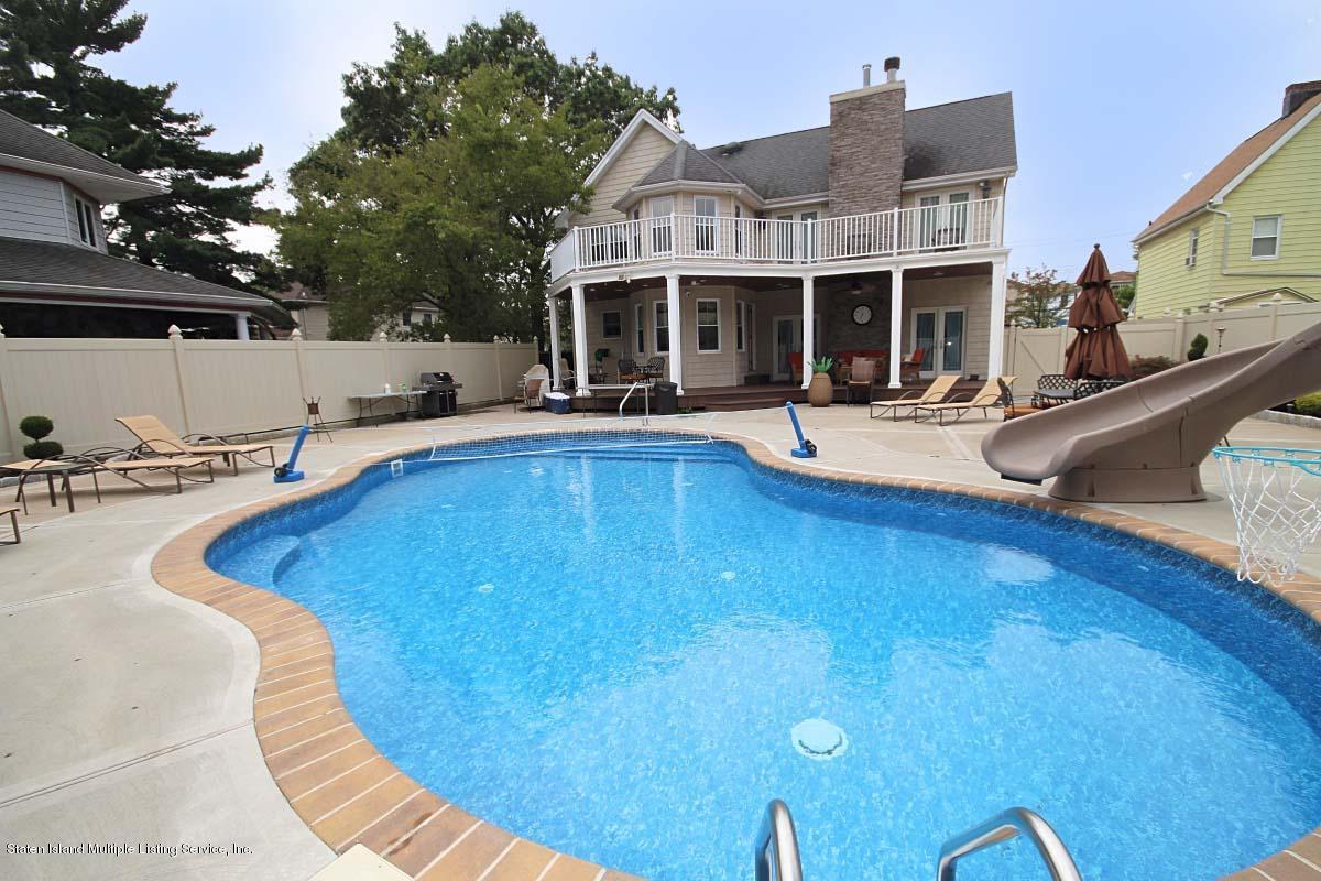 Single Family - Detached 21 Sprague Avenue  Staten Island, NY 10307, MLS-1113641-42
