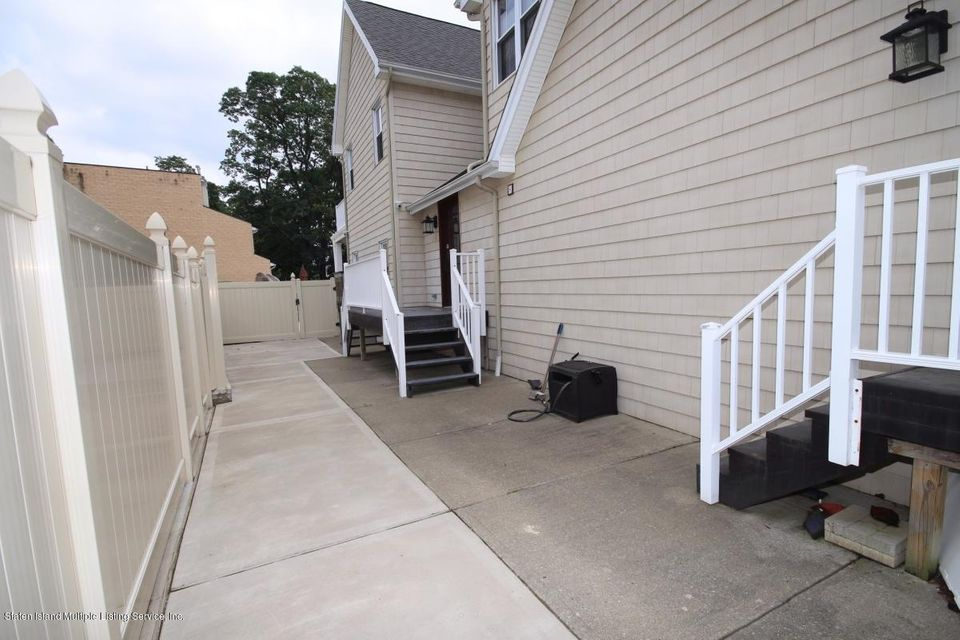 Single Family - Detached 21 Sprague Avenue  Staten Island, NY 10307, MLS-1113641-44