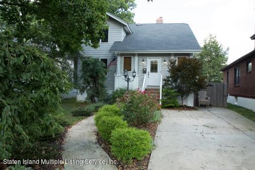Single Family - Detached in Annadale - 59 Jefferson Boulevard  Staten Island, NY 10312