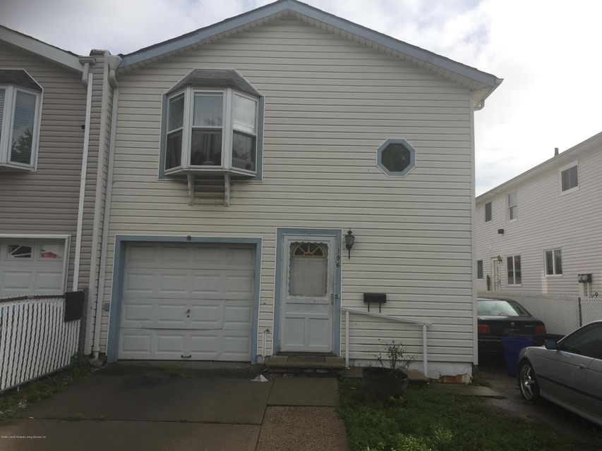 Single Family Home for Sale at 196 Regis Drive Staten Island, New York 10314 United States