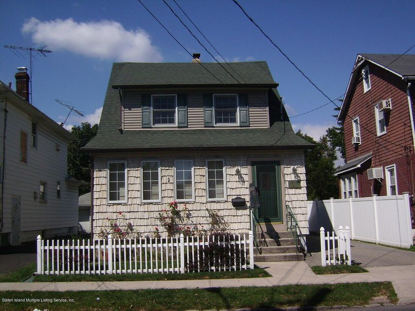 Single Family - Detached in Grant City - 17 Clawson Street  Staten Island, NY 10306