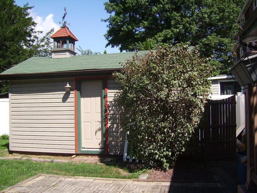 Single Family - Detached 17 Clawson Street  Staten Island, NY 10306, MLS-1113717-25