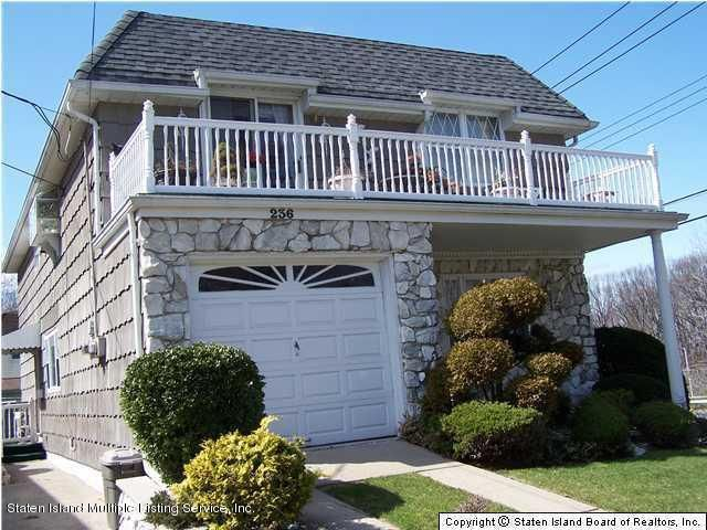 Two Family - Detached 236 Kell Avenue  Staten Island, NY 10314, MLS-1113722-3