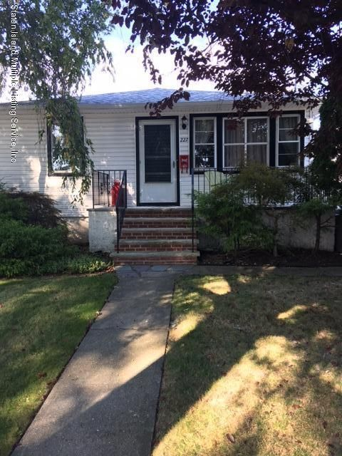 Single Family - Detached in New Dorp - 227 Princeton Avenue 1  Staten Island, NY 10306