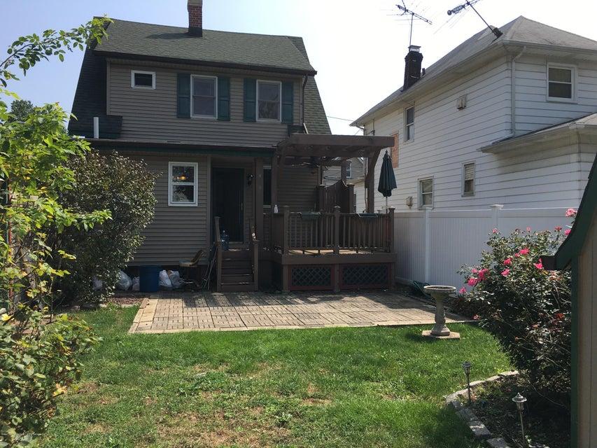 Single Family - Detached 17 Clawson Street  Staten Island, NY 10306, MLS-1113717-20