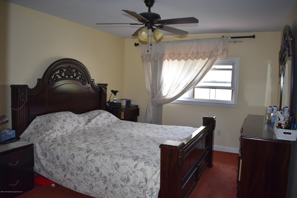 Two Family - Detached 236 Kell Avenue  Staten Island, NY 10314, MLS-1113722-11