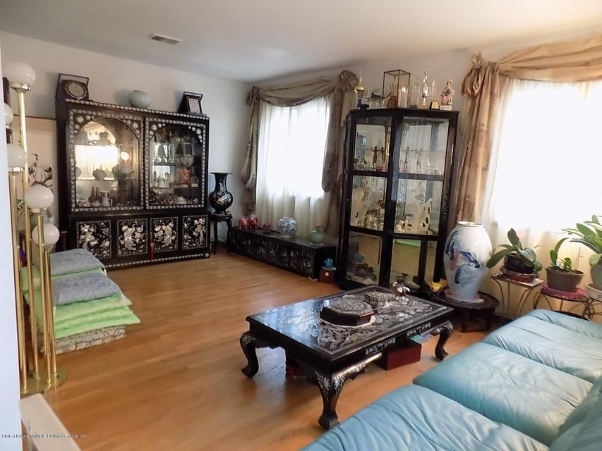 Additional photo for property listing at 455 Holdridge Avenue  Staten Island, New York 10312 United States