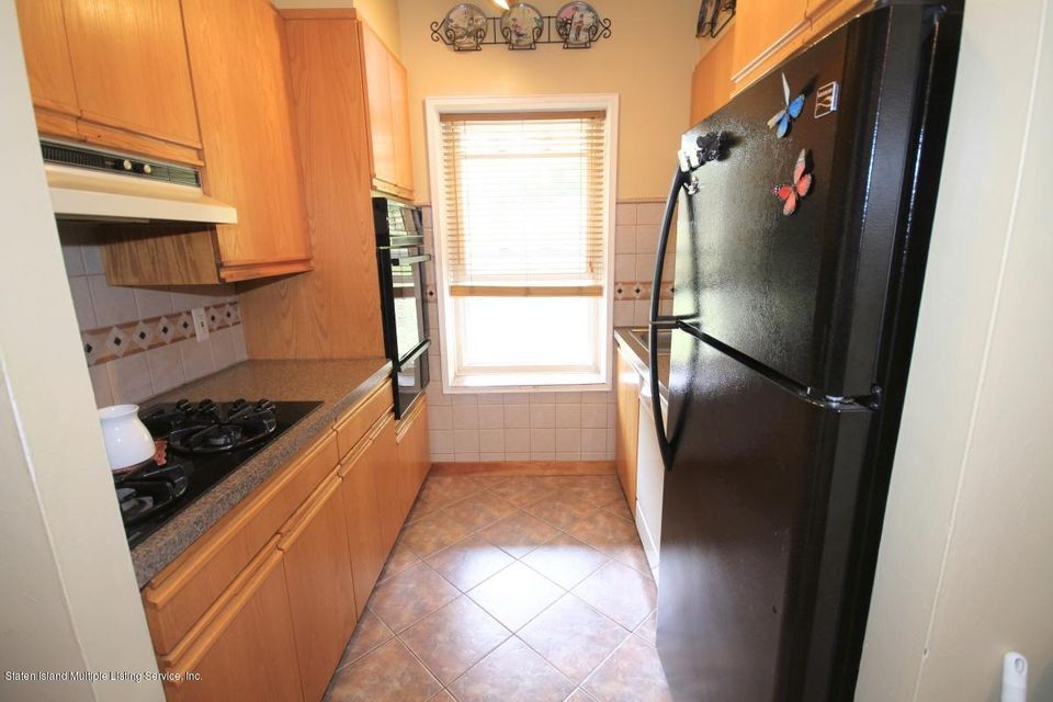 Co-Op 20 Cliff Street 3 N  Staten Island, NY 10305, MLS-1113760-8