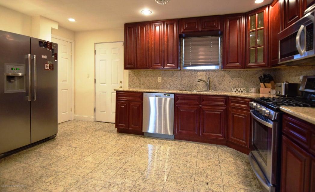 Single Family - Detached 463 Lincoln Avenue  Staten Island, NY 10306, MLS-1113742-12