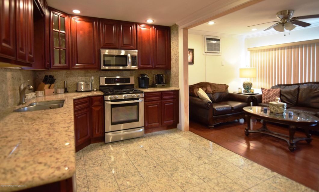 Single Family - Detached 463 Lincoln Avenue  Staten Island, NY 10306, MLS-1113742-14