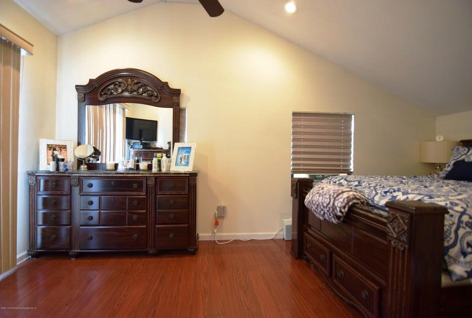 Single Family - Detached 463 Lincoln Avenue  Staten Island, NY 10306, MLS-1113742-17