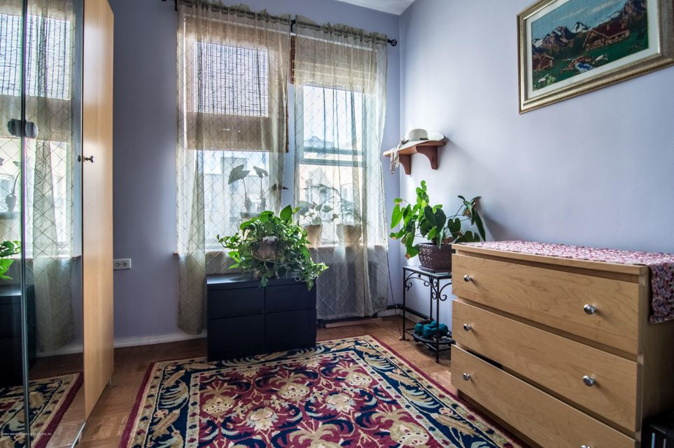 Additional photo for property listing at 661 41 Street  Brooklyn, New York 11232 United States