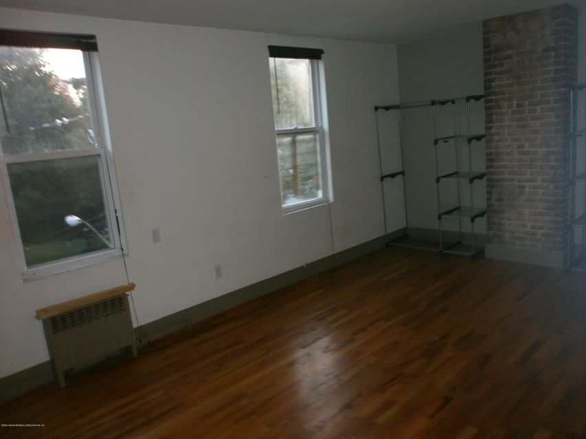 Additional photo for property listing at 323 Fillmore St  Staten Island, New York 10301 United States