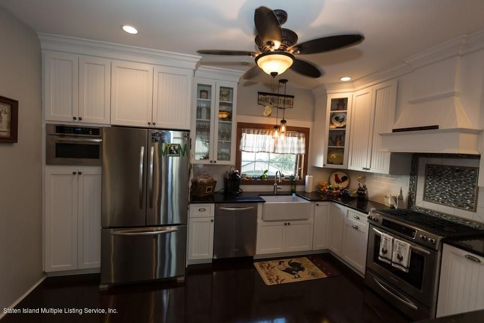 Single Family - Detached 319 Yetman Avenue  Staten Island, NY 10307, MLS-1113784-2