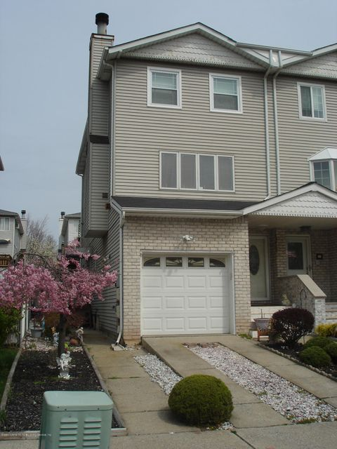 Single Family - Semi-Attached in Annadale - 45 Marne Avenue  Staten Island, NY 10312