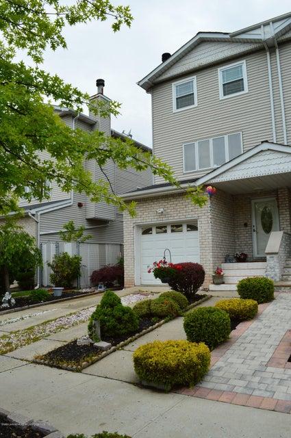 Single Family - Semi-Attached 45 Marne Avenue  Staten Island, NY 10312, MLS-1113813-2