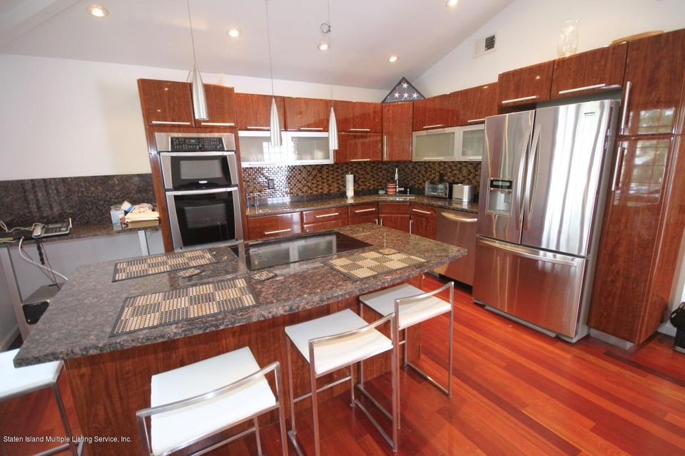 Single Family - Detached 70 Signs Road  Staten Island, NY 10314, MLS-1113815-8