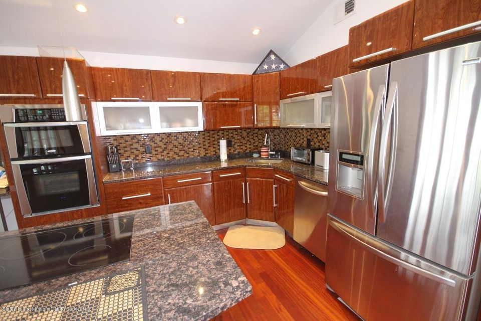 Single Family - Detached 70 Signs Road  Staten Island, NY 10314, MLS-1113815-9