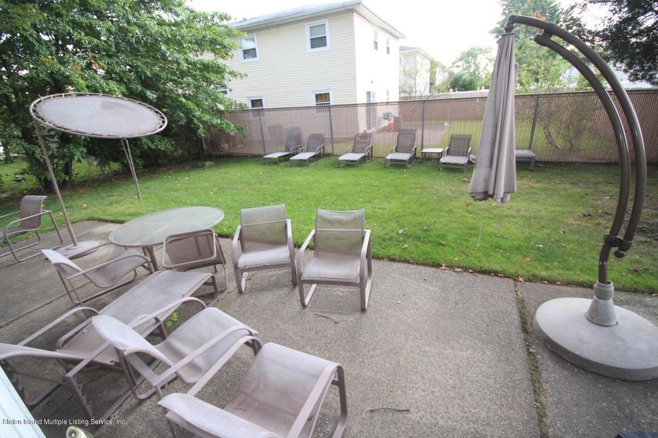 Single Family - Detached 70 Signs Road  Staten Island, NY 10314, MLS-1113815-25