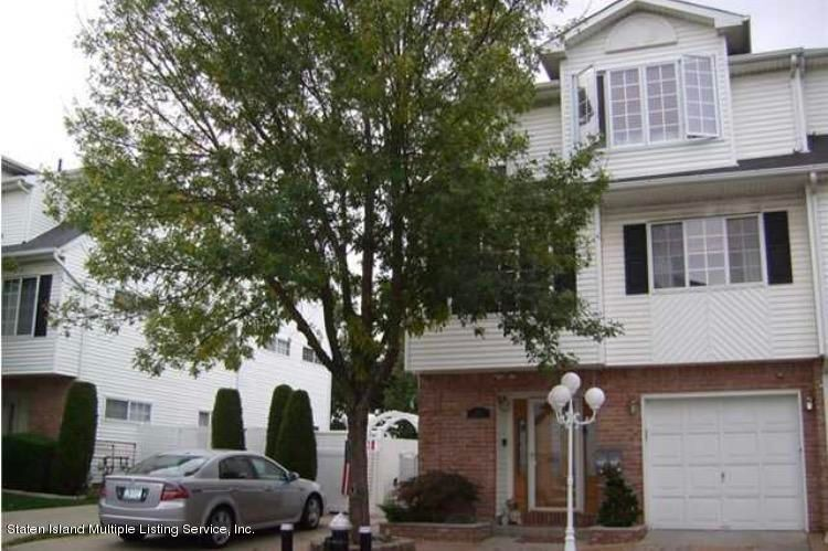 Single Family Home for Rent at 29 Spruce Lane Staten Island, New York 10309 United States