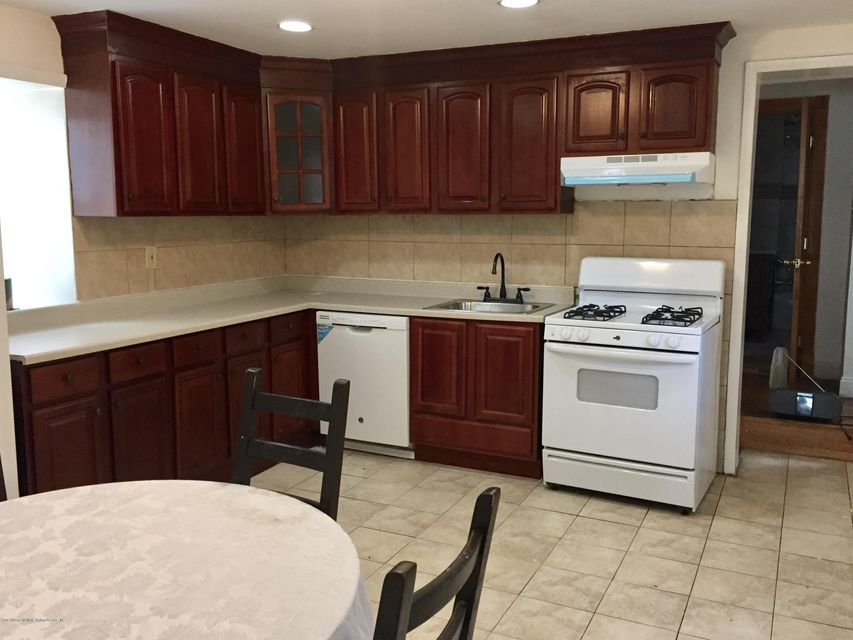 Additional photo for property listing at 167 Roosevelt Avenue  Staten Island, New York 10314 United States