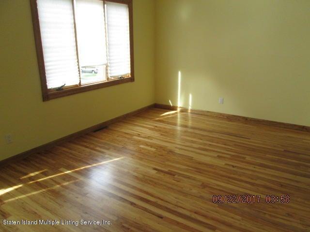 Additional photo for property listing at 146 Vineland Avenue  Staten Island, New York 10312 United States