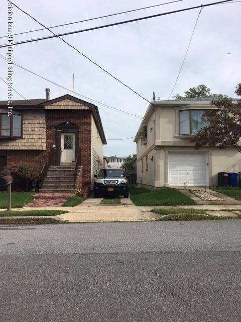 Single Family Home for Rent at 200 Finley Avenue Staten Island, New York 10306 United States
