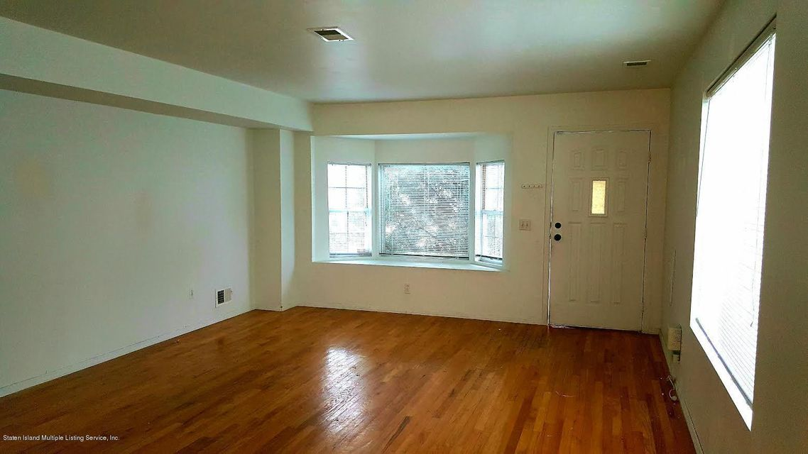 Additional photo for property listing at 457 Hillman Avenue  Staten Island, New York 10314 United States