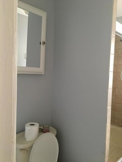 Additional photo for property listing at 41 7th Street  Staten Island, New York 10306 United States