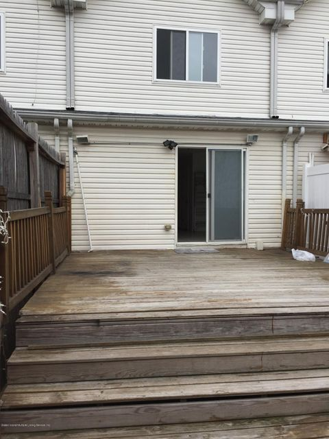 Additional photo for property listing at 83 Fairway Avenue  Staten Island, New York 10304 United States