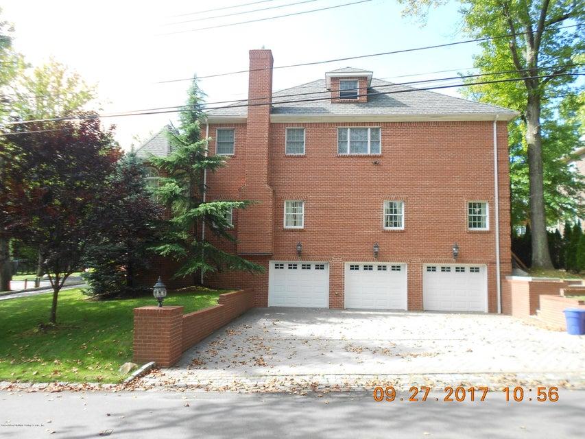 Single Family - Detached 32 Circle Road   Staten Island, NY 10304, MLS-1113954-3