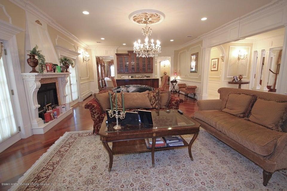 Single Family - Detached 32 Circle Road   Staten Island, NY 10304, MLS-1113954-16