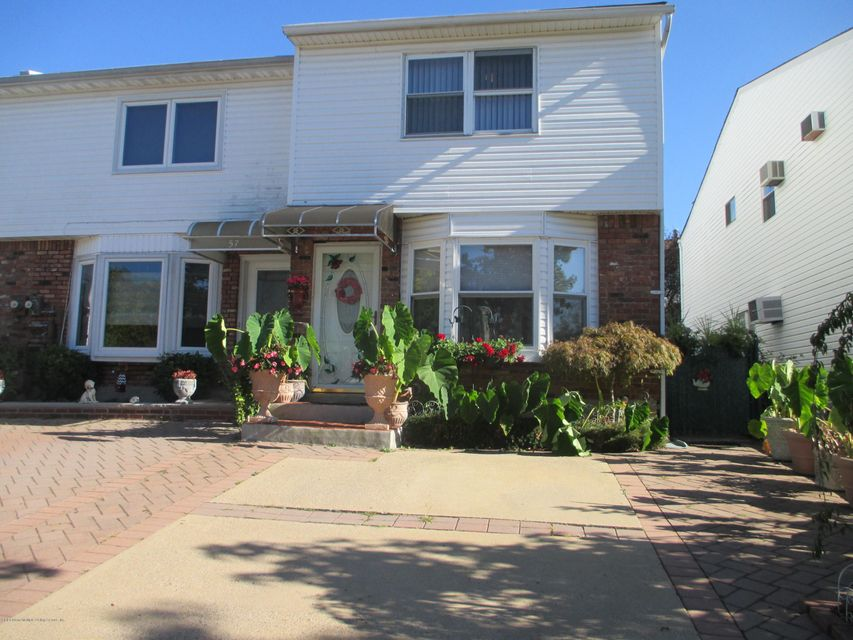 Single Family Home for Sale at 55 Ironwood Street Staten Island, New York 10308 United States