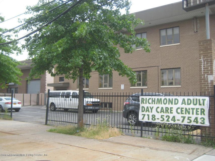 2015 Forest Avenue,Staten Island,New York 10303,Commercial,Forest,1113997