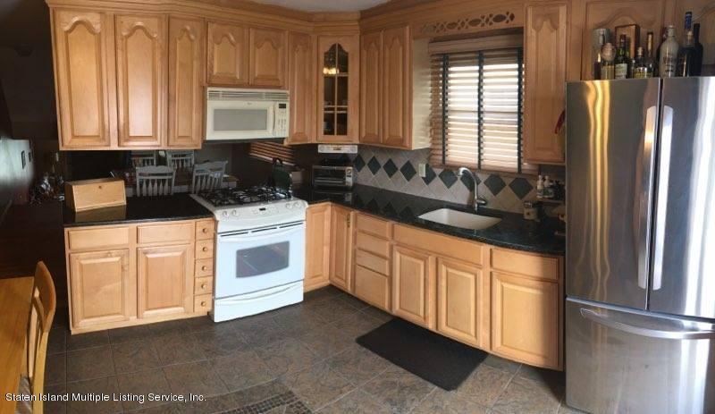 Single Family - Semi-Attached 327 Brookfield Avenue  Staten Island, NY 10308, MLS-1112469-2